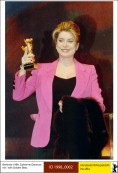 1998: Catherine Deneuve with Honorary Golden Bear.