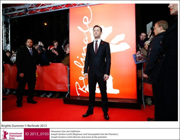 Joseph Gordon-Levitt    Panorama | Impressions  Don Jon's Addiction: the director and actor at the premiere.  ID 2013_0103