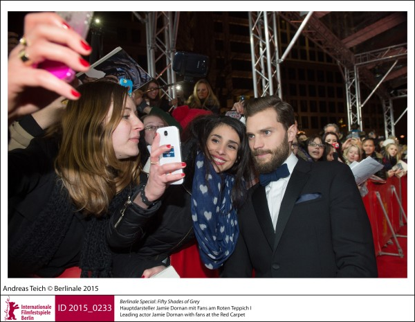 Jamie Dornan   Berlinale Special |  Fifty Shades of Grey   Leading actor Jamie Dornan with fans at the Red Carpet.  ID 2015_0233