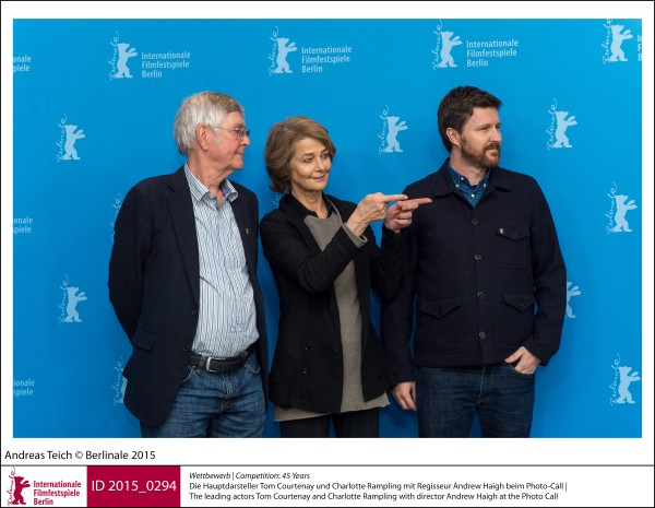 Tom Courtenay, Charlotte Rampling, Andrew Haigh   Competition |  45 Years   The leading actors Tom Courtenay and Charlotte Rampling with director Andrew Haigh at the Photo Call.  ID 2015_0294