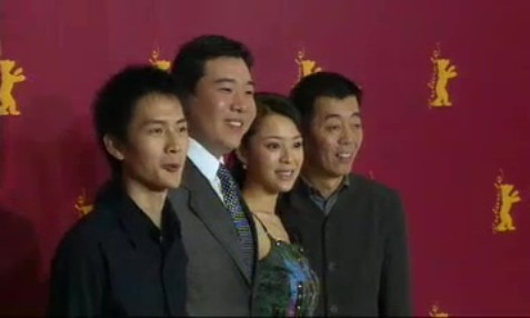 Press Conference    Friday Feb 18, 2005    Er Yong (Line Producer) Yang Shu (Cinematogapher) Wang Wei (Representative Poly Asian Union) Li Qiang (Script) Lu Yulai (Actor) Feng Li (Actor) Zhang Jingchu (Actress) Gu Changwei (Director)