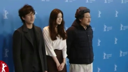 Press Conference    Friday Feb 15, 2013    Lee Sunkyun (Actor) Hong Sangsoo (Director, Screenwriter) Jung Eunchae (Actress) Josef Schnelle (Moderation)