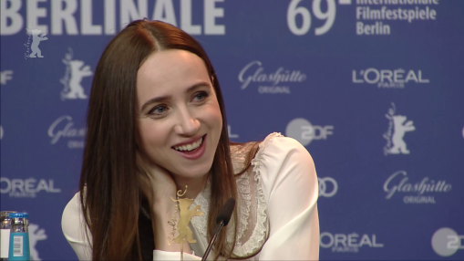 Press Conference    Thursday Feb 07, 2019    Malene Blenkov (Producer), Caleb Landry Jones (Actor), Zoe Kazan (Actress), Lone Scherfig (Director, Writer), Tahar Rahim (Actor), Bill Nighy (Actor), Andrea Riseborough (Actress)   Moderation: Anatol Weber   Press Conference at full length
