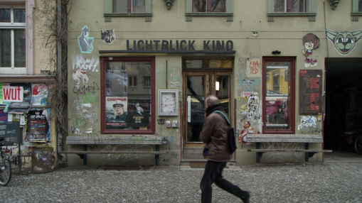 Berlinale 2019    Monday Feb 11, 2019     Berlinale Goes Kiez  will bring the festival to local arthouse cinemas – on February 10 to the Lichtblick-Kino in Prenzlauer Berg. In a short video portrait, cinema managers Hansi Oostinga and Elisa Rosi showcase their venue.