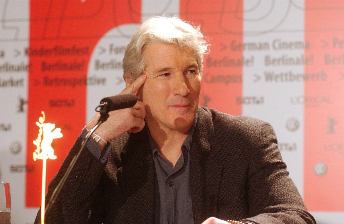 Richard Gere   Richard Gere at the  Chicago  press conference     Competition  –   Chicago   – Programme Press Conference    Feb 6, 2003