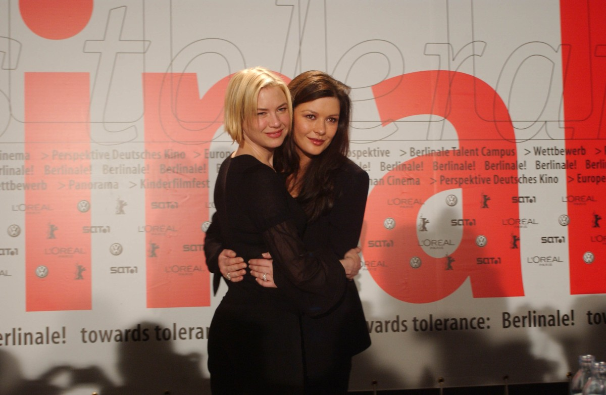 Renée Zellweger, Catherine Zeta-Jones   Renée Zellweger and Catherine Zeta-Jones after the  Chicago  press conference     Competition  –   Chicago   – Opening Gala    Feb 6, 2003