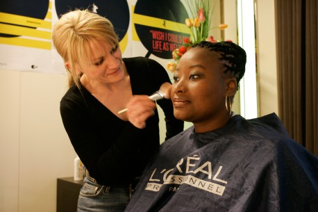 Feb 13, 2005Pauline Malefane  Pauline Malefane enjoys the service of a make-up expert in the VIP Club. Her appearance in Competition entry U-Carmen eKhalyelitsha went straight to the heart of the Berlinale Palast audience. Even for those who have seen a few Carmens already: here is a very special one. Competition – U-Carmen eKhayelitsha