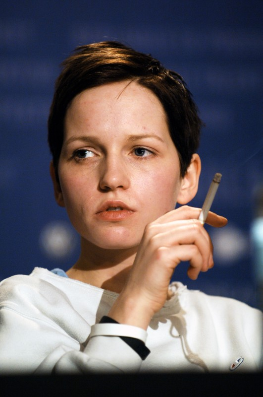 """You don't know me."" Actress Julia Hummer très Jean Seberg, n'est pas?, at the press conference of  Gespenster  by Christian Petzold.     Competition  –   Gespenster  