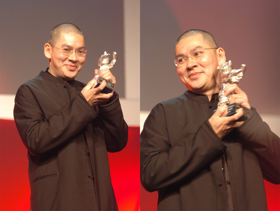 Tsai Ming Liang   Tsai Ming Liang, picked up two of the main prizes: Alfred Bauer Prize and the Silver Bear for an exceptional artistic contribution for the script to his  Tian Bian Yi Duo Yun      Competition  –   Tian bian yi duo yun  | The Wayward Cloud  – Closing Gala – Silver Bear    Feb 19, 2005
