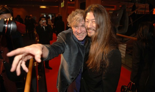 Feb 14, 2006Christopher Doyle, Asano Tadanobu  Christopher Doyle pointing the way for Asano Tadanobu in Berlinale Palast. Competition – Invisible Waves – Berlinale Palast