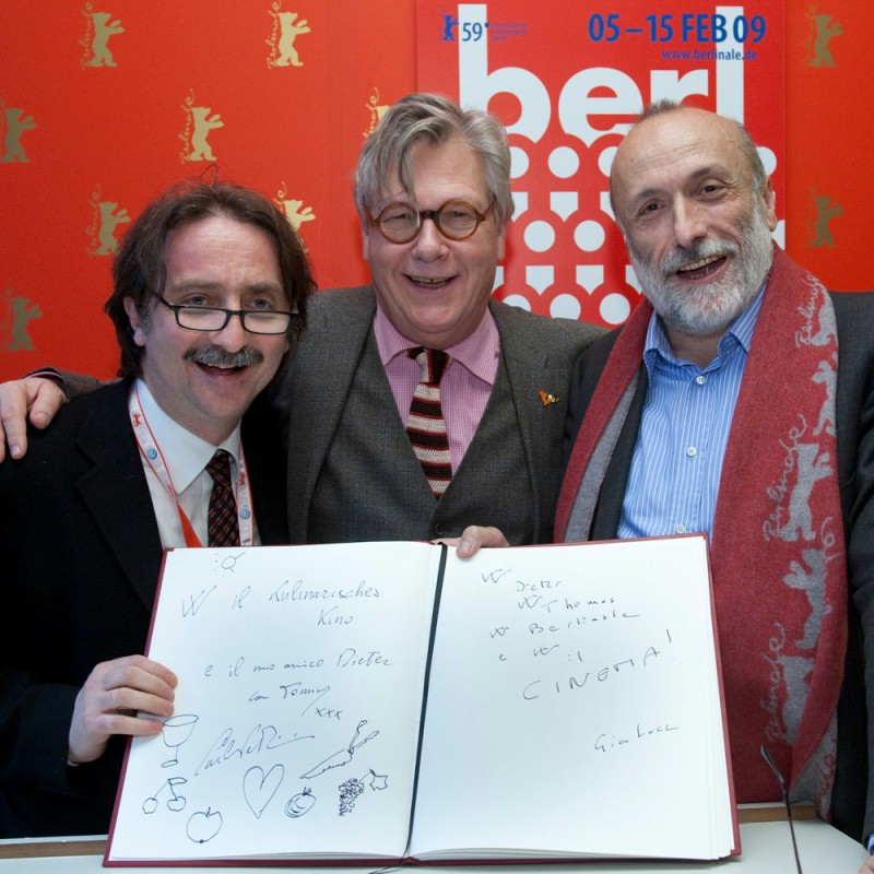 "Gian Luca Farinelli, Thomas Struck, Carlo Petrini   The producer of the  Berlinale Special   Terra Madre , Gian Luca Farinelli, the director of the  Culinary Cinema , Thomas Struck, and ""Slow Food""-Founder Carlo Petrini signed the Berlinale Guest Book.     Berlinale Special  –   Terra Madre      Feb 6, 2009"