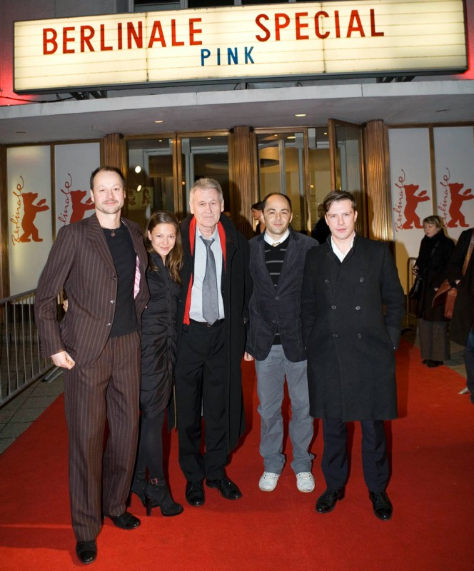Cornelius Schwalm, Hannah Herzsprung, Rudolf Thome, Guntram Brattia, Florian Panzner   Cornelius Schwalm, Hannah Herzsprung, Regisseur Rudolf Thome, Guntram Brattia and Florian Panzner before the premiere of the  Berlinale Special   Pink  in the Cinema Paris.     Berlinale Special  –   Pink      Feb 11, 2009