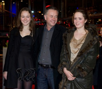 Feb 19, 2010Michael Winterbottom  The director and his two daughters in the Berlinale Palast. Competition – The Killer Inside Me – Berlinale Palast