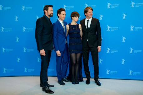 9.2.2013Hugh Jackman, Eddie Redmayne, Anne Hathaway, Tom Hooper  Der Regisseur und seine Darsteller beim Photo-Call. Berlinale Special – Les Misérables