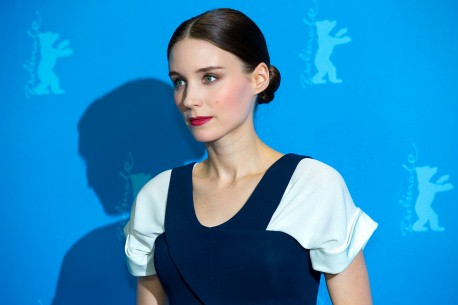 12.2.2013Rooney Mara  Die Schauspielerin beim Photo-Call. Wettbewerb – Side Effects | Side Effects