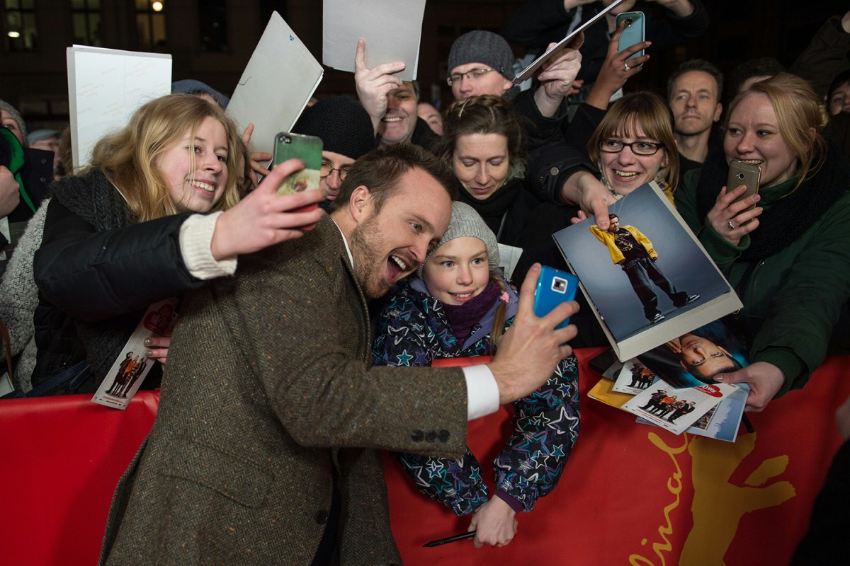 Aaron Paul   The actor with his fans at the Red Carpet.     Berlinale Special  –   A Long Way Down      Feb 10, 2014