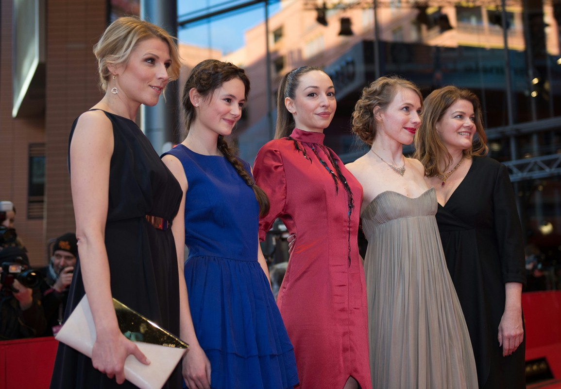 Franziska Weisz, Lea van Acken, Lucie Aron, Anna Brüggemann, Birge Schade   The actresses of the German film on the Red Carpet.     Competition  –   Kreuzweg  | Stations of the Cross     Feb 9, 2014