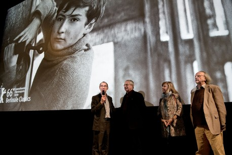 Feb 13, 2016Rainer Rother, Gert Melzer, Renate Heymer, Peter Gotthardt  Giving an introduction before the film.  Berlinale Classics – Die Russen kommen | The Russians are Coming