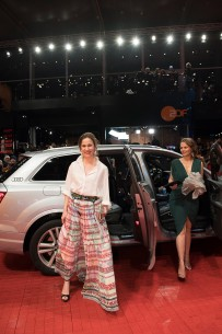 Feb 17, 2017Iulia Lumânare, Diana Cavallioti  The scriptwriter and the main actress arriving at the Berlinale Palast. Competition – Ana, mon amour