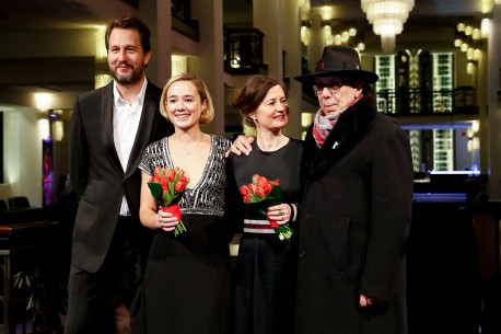 Feb 21, 2018Henrik Rafaelsen, Alba August, Pernille Fischer Christensen, Dieter Kosslick  The film team and the festival director at Friedrichstadt-Palast. Berlinale Special – Unga Astrid | Becoming Astrid