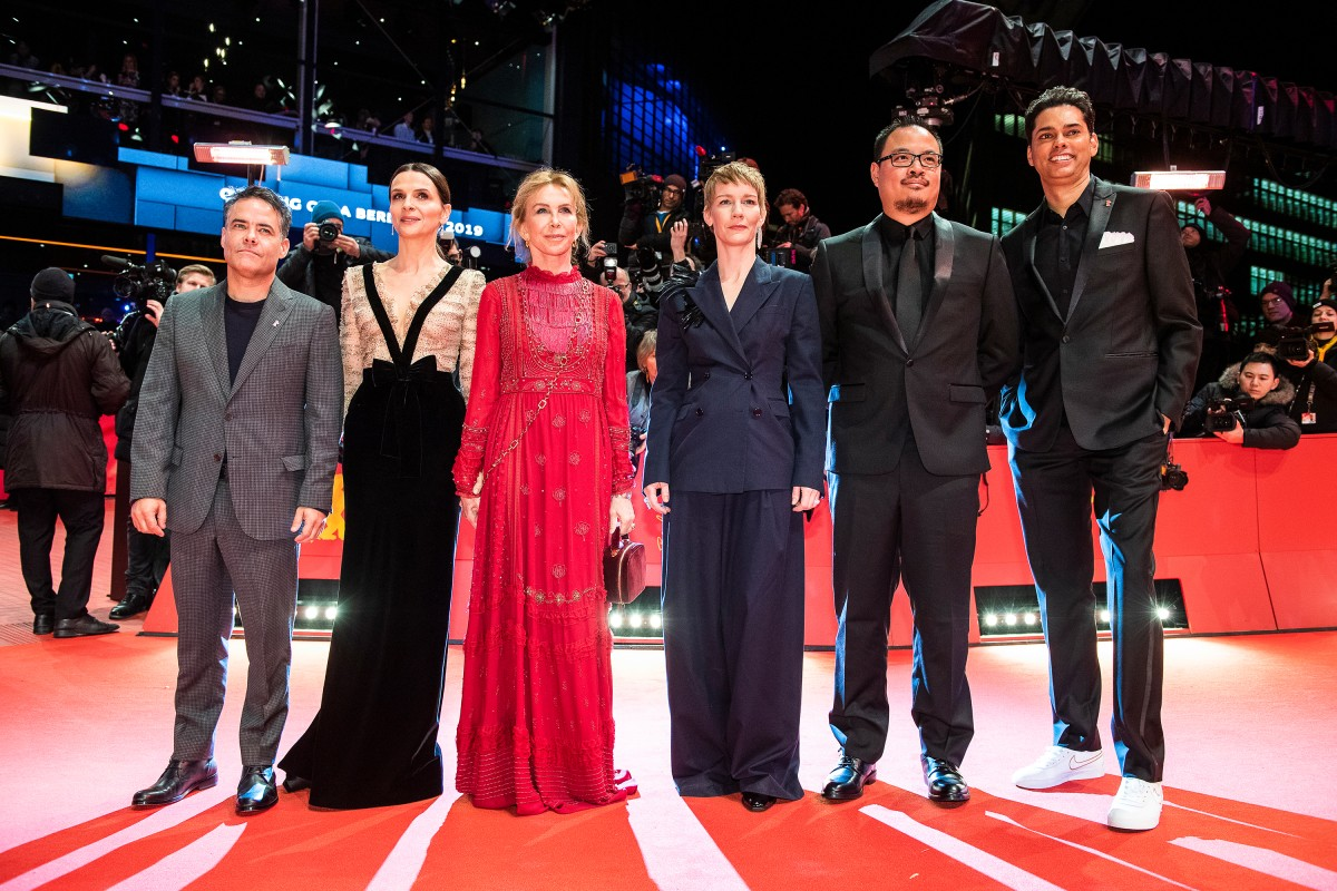 Sebastián Lelio, Juliette Binoche, Trudie Styler, Sandra Hüller, Justin Chang, Rajendra Roy   On the first 2019 Red Carpet.    International Jury    Feb 7, 2019