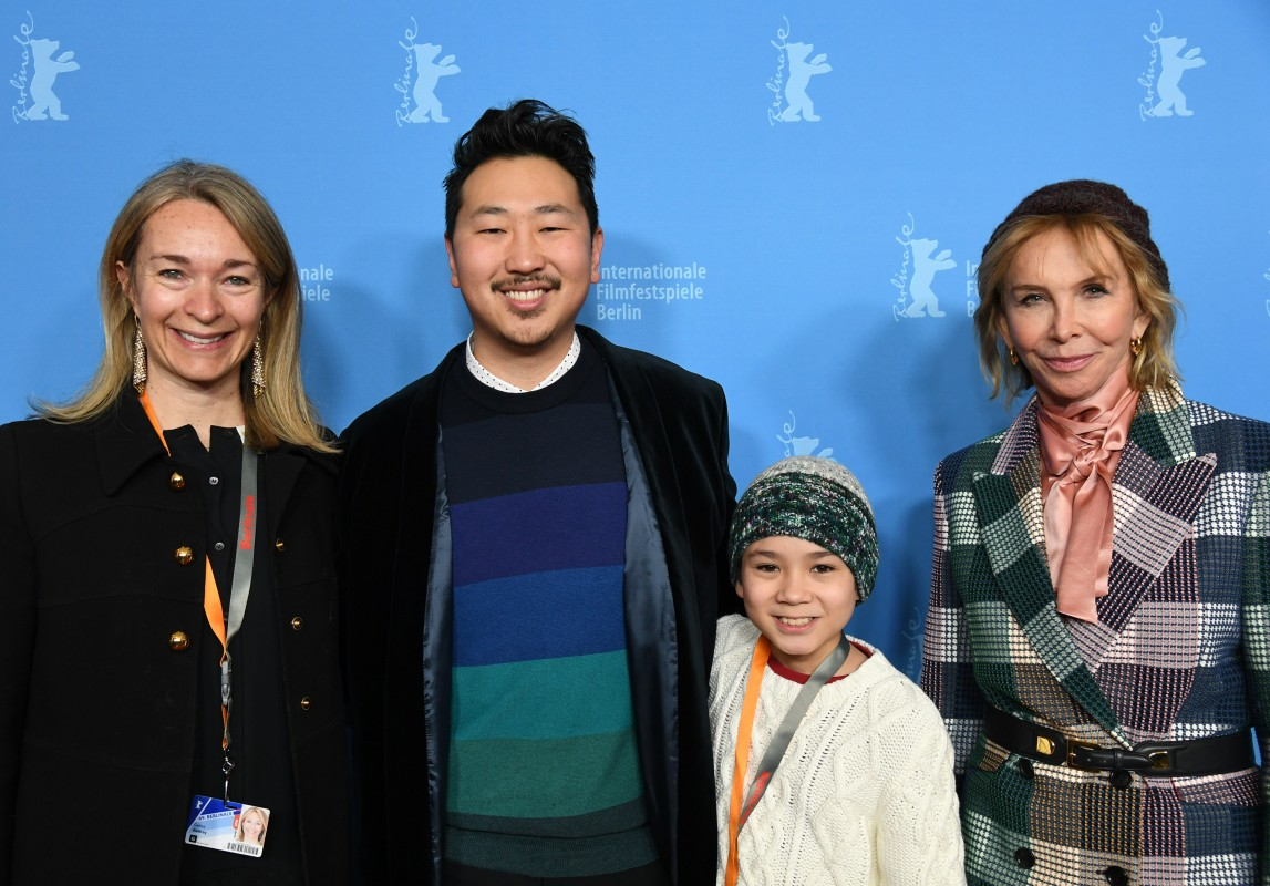 Celine Rattray, Andrew Ahn, Lucas Jaye, Trudie Styler    Two of the producers (left and right) with the director and the protagonist. Styler is also a member of the International Jury of the  Competition .     Generation  –   Driveways  | Auffahrten     Feb 10, 2019
