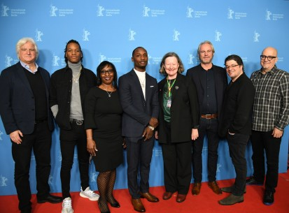 Feb 10, 2019Film team, Maryanne Redpath  The producer Mark Mitten, protagonist Destyne Butler Jr., Norma Sims and her son, the protagonist Kenneth Sims Jr., section head Maryanne Redpath, the director André Hörmann as well as the producers Christopher Clements and Ken Pelletier. Generation – Ringside | Im Ring