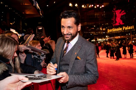 Feb 10, 2019Cas Anvar  The actor with fans at the Red Carpet. Competition – The Operative | Die Agentin