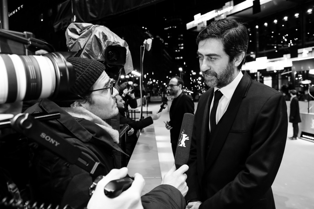 Emin Alper   The director giving an interview at the Red Carpet.     Competition  –   Kız Kardeşler  | A Tale of Three Sisters     Feb 11, 2019