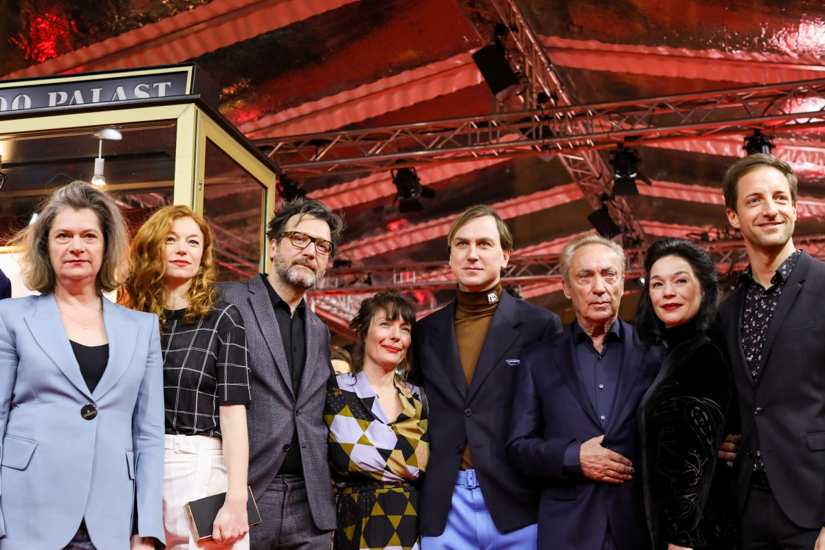 Series team   The actresses Johanna Orsini-Rosenberg and Marleen Lohse, the director David Schalko, the script writer Evi Romen and the actors Lars Eidinger, Udo Kier, Julia Stemberger and Dominik Maringer.     Berlinale Series  –   M – Eine Stadt sucht einen Mörder  | M – A City Hunts a Murderer     Feb 12, 2019