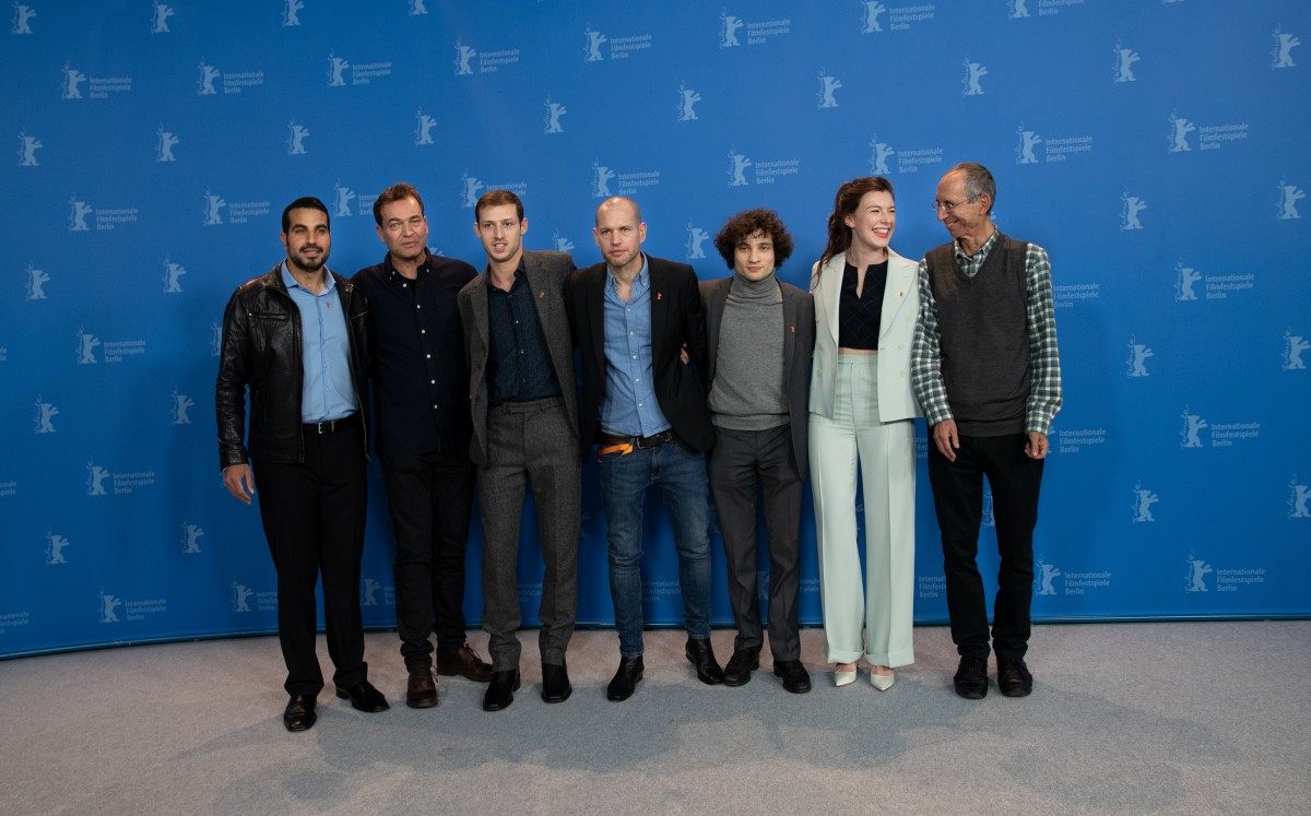 Film team    The actor Uria Hayik, the cinematographer Shaï Goldman, the actor Tom Mercier, the director Nadav Lapid, the actor Quentin Dolmaire, the actress Louise Chevillotte and the screenwriter Haïm Lapid.     Competition  –   Synonymes  | Synonyms | Synonyme     Feb 13, 2019
