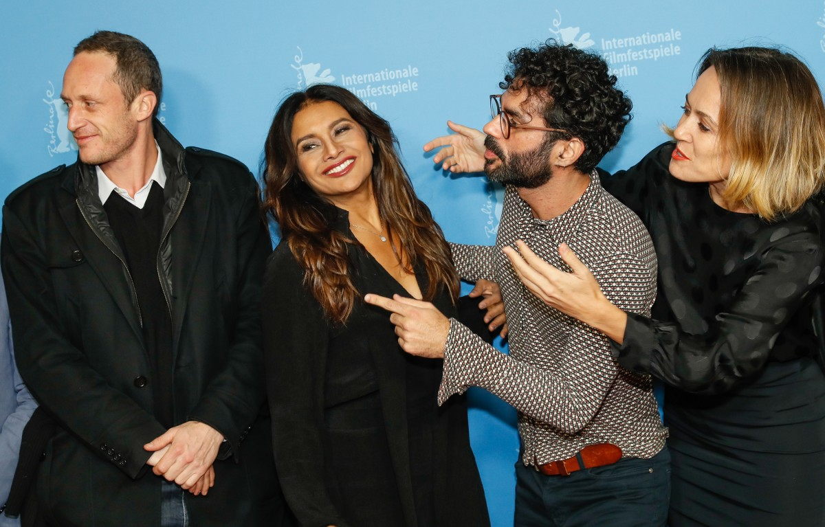 Dan Wechsler, Dira Paes, Gabriel Mascaro, Rachel Daisy Ellis   Agitation at the Photo Call: The co-producer with the actress, the director and the producer.     Panorama  –   Divino Amor  | Divine Love     Feb 13, 2019