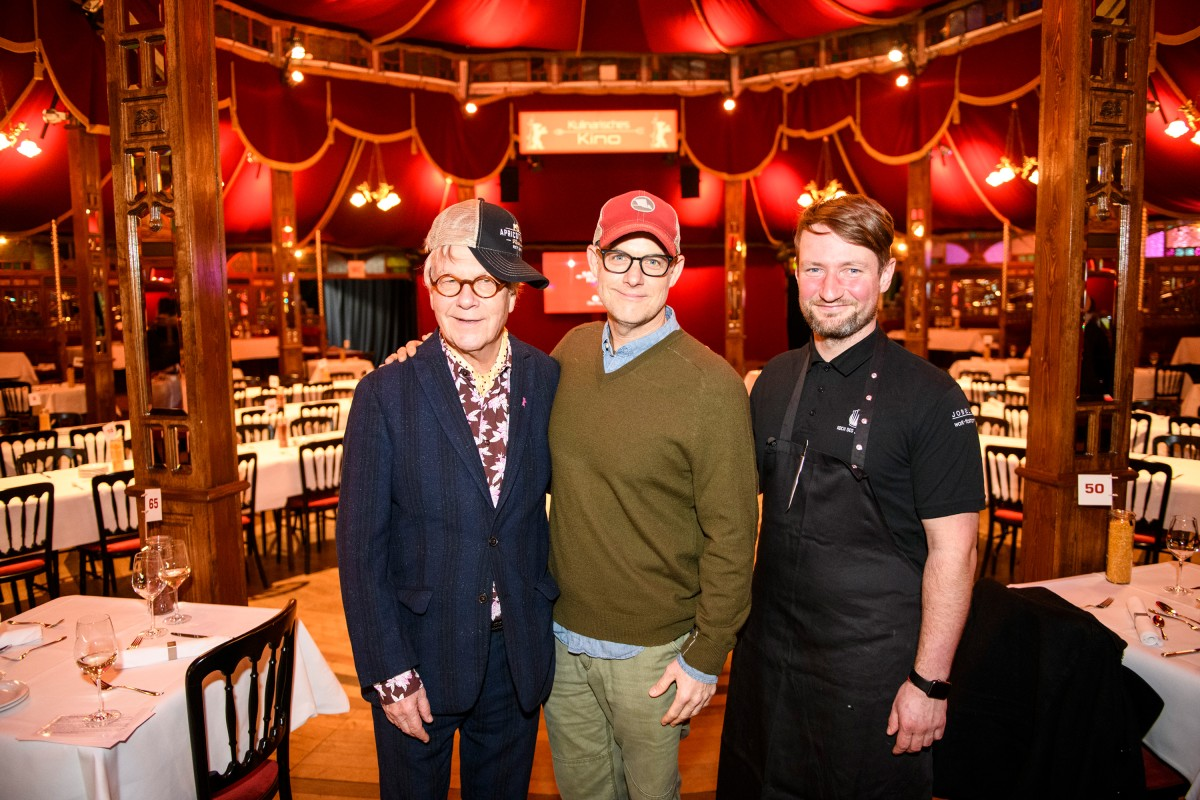 Thomas Struck, John Chester, Sebastian Frank   Hat buddies: The curator with the cameraman, director and newly minted farmer as well as the chef from the restaurant Horváth.     Culinary Cinema     Feb 14, 2019
