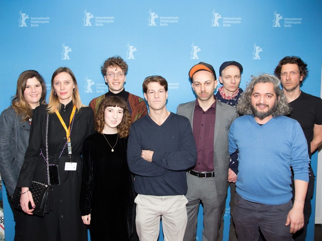 Film team   The protagonist Tini Tüllmann, the producer Magdalena Wolff, the film's two directors Julius Feldmeier and Katja Feldmeier, the protagonists Nikias Chryssos, Tom Lass, Dietrich Brüggemann and Cüneyt Kaya as well as the cinematographer Moritz Schultheiß.     Perspektive Deutsches Kino  –   6Minuten66  | 6Minutes66     Feb 15, 2019