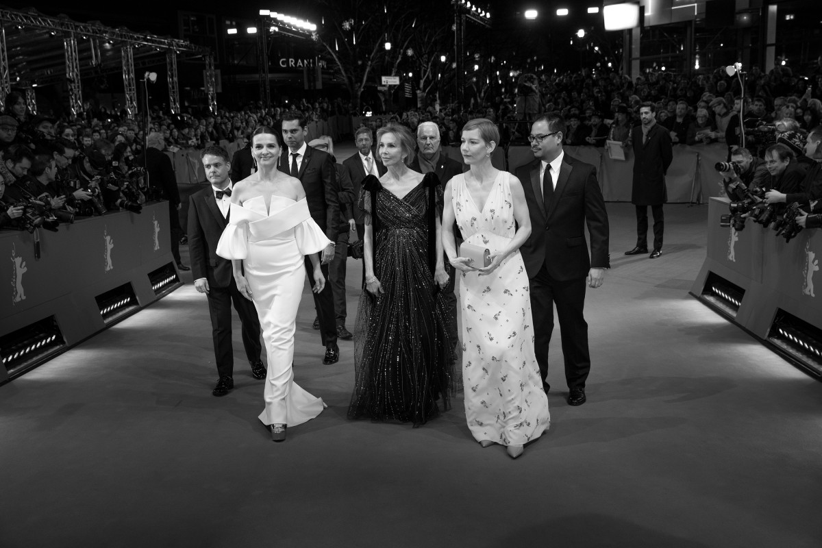 Sebastián Lelio, Rajendra Roy, Juliette Binoche, Trudie Styler, Sandra Hüller, Justin Chang   The International Jury on the way to the Award Ceremony.     Competition  – Closing Gala    Feb 16, 2019