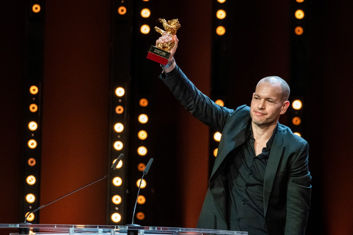 Nadav Lapid   The director on the stage of the Berlinale Palast.     Competition  –   Synonymes  | Synonyms | Synonyme  – Closing Gala – Golden Bear    Feb 16, 2019