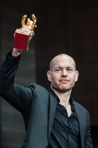 Feb 16, 2019Nadav Lapid  The director with his award. Competition – Synonymes | Synonyms | Synonyme – Closing Gala – Golden Bear
