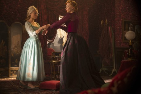 Cinderella   Wettbewerb  USA/GBR 2014  von: Kenneth Branagh Lily James, Cate Blanchett Jonathan Olley © Disney Enterprises