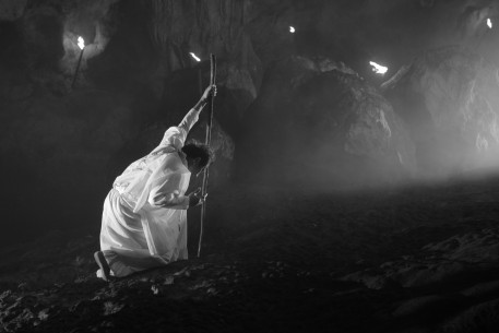 Hele Sa Hiwagang Hapis | A Lullaby to the Sorrowful Mystery   Competition  PHL/SGP 2016  by: Lav Diaz Ronnie Lazaro © Bradley Liew